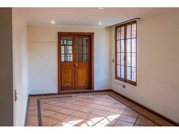 VENDIDA. Casa en Los Dominicos con Vilanova, Las Condes