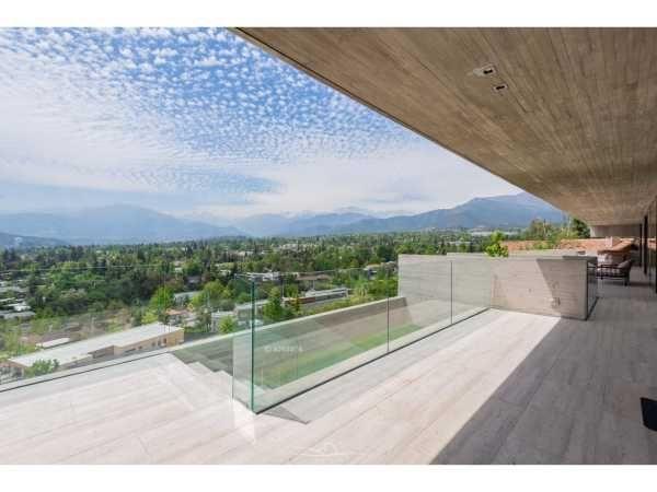 VENDIDA. Casa en Colina del Mirador, Las Condes
